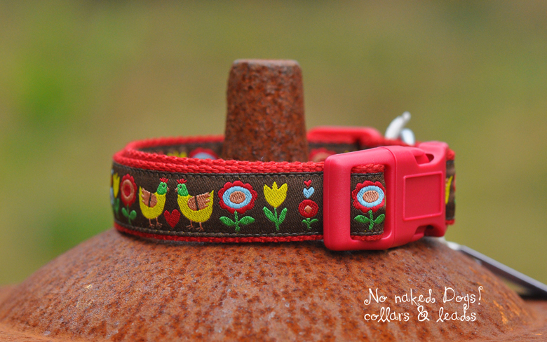 Chooks Chickens yellow dog collar for small to med sized dogs